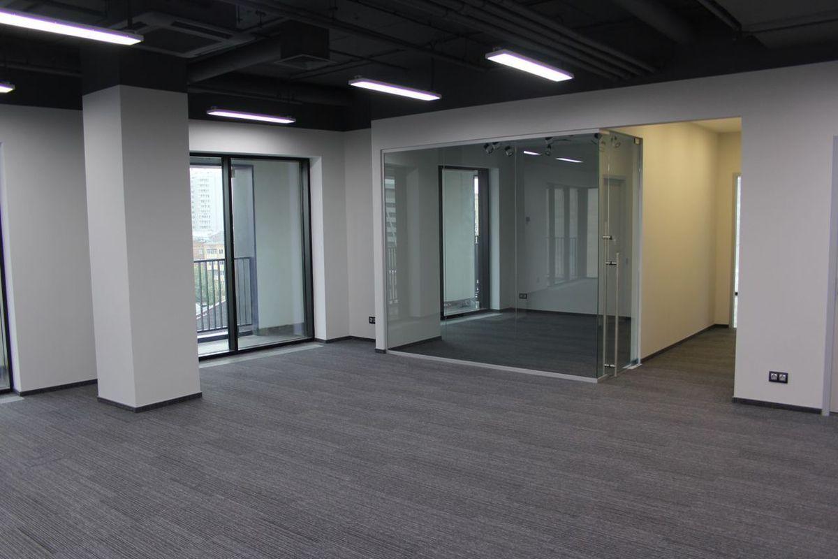 office-2100-m2