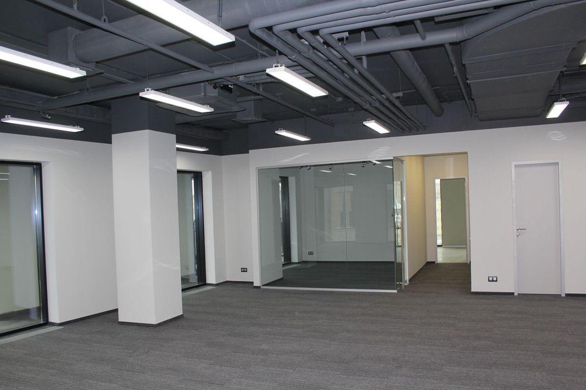 office-749-m2